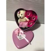 Подарочный набор Bear & Flowers Rose розы из мыла в коробке в виде сердца с плюшевым медведем для женщин и мужчин Розовый