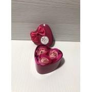Подарочный набор Heart Flower Red розы из мыла в коробке в виде сердца для женщин и мужчин Красный